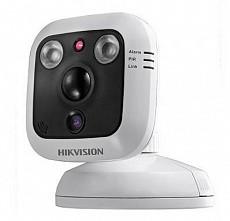 camera giám sát HIK DS-2CD8464F-EIW